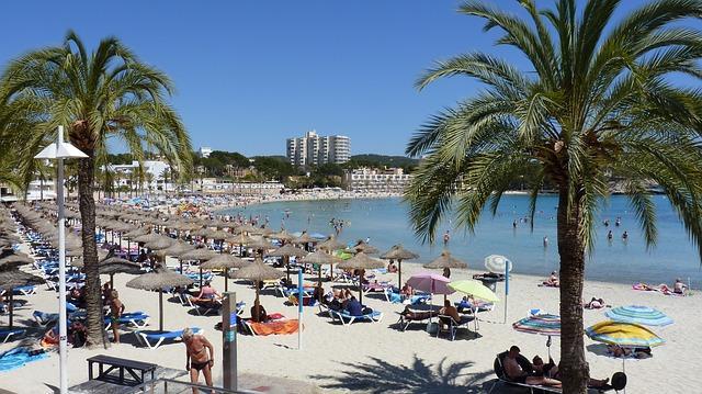 Summer Sun Beach Peguera Vacations - edrews / Pixabay